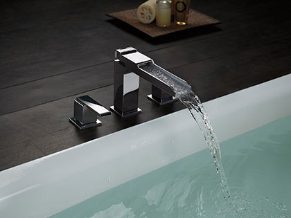 Delta Ara Chrome Deck Mount Roman Tub Filler Faucet with Channel Spout Water