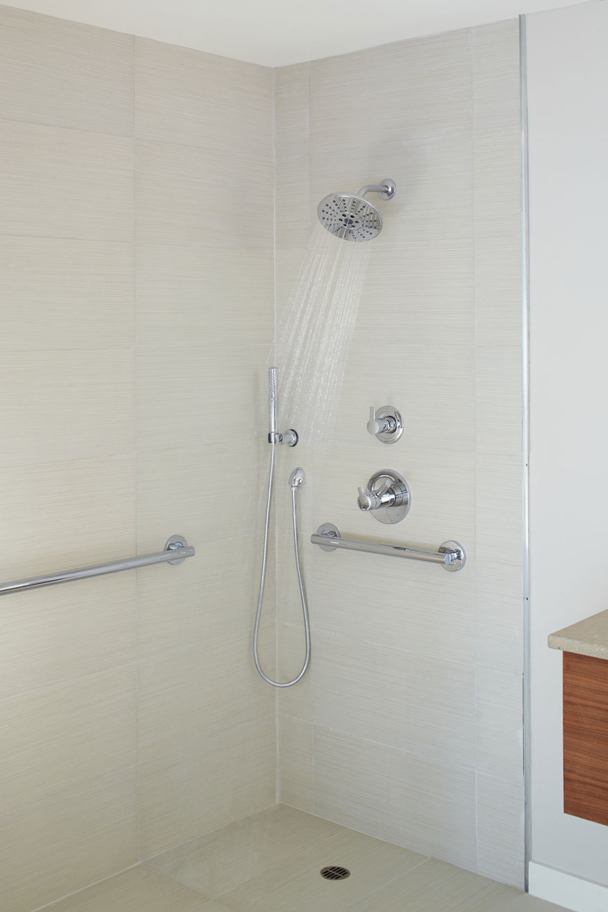 Delta Compel Chrome Shower System with Showerhead and Separate Hand Wand
