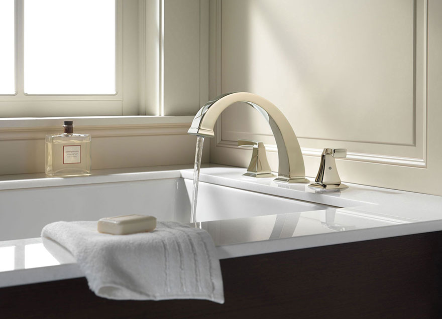 Delta Dryden Collection Polished Nickel Roman Tub Faucet