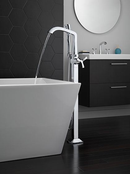 Delta Stryke Collection Helo Cross Handle Floor-Mounted Freestanding Tub Filler Faucets