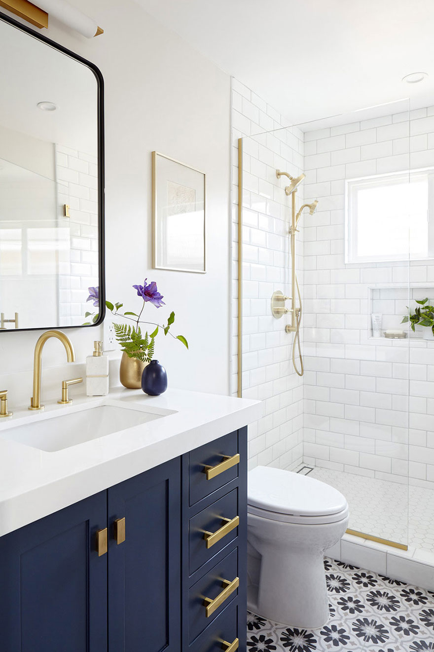 Modern Brushed Gold Widespread Faucet and Shower System