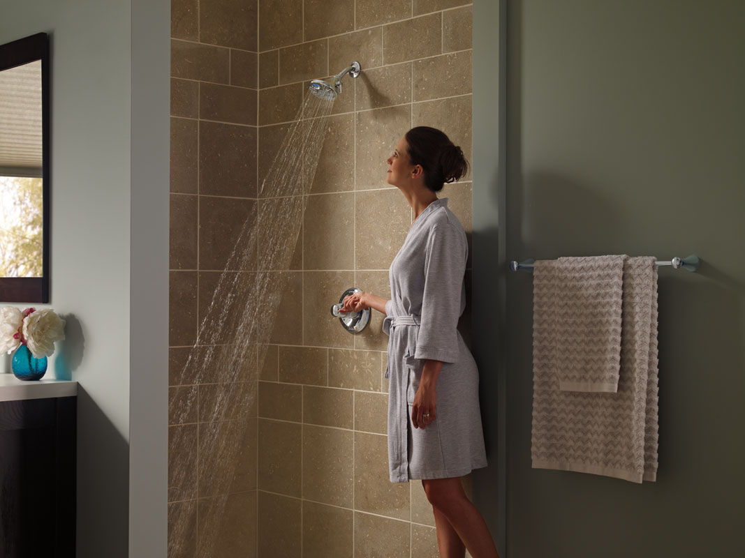 A Digital Display Shower Control Prevents Temperature Shocks