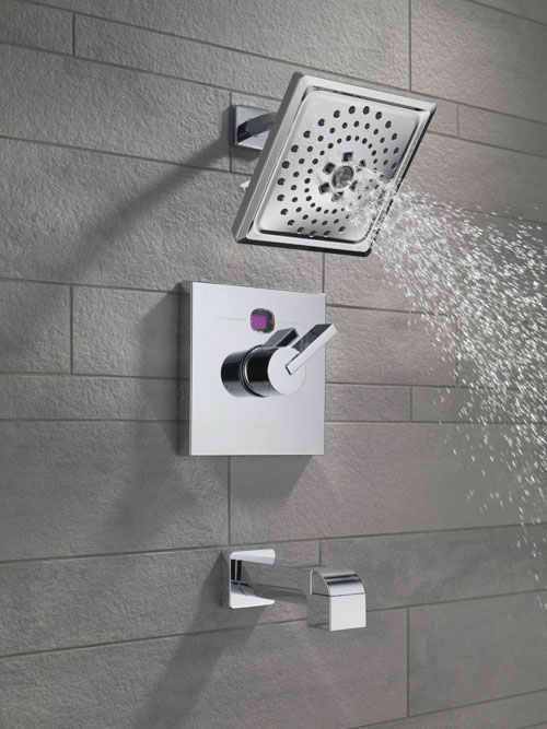 Delta Temp2O Showers with Digital Temperature Display